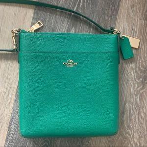 Coach Kitt Messenger Crossbody Emerald Green/Gold